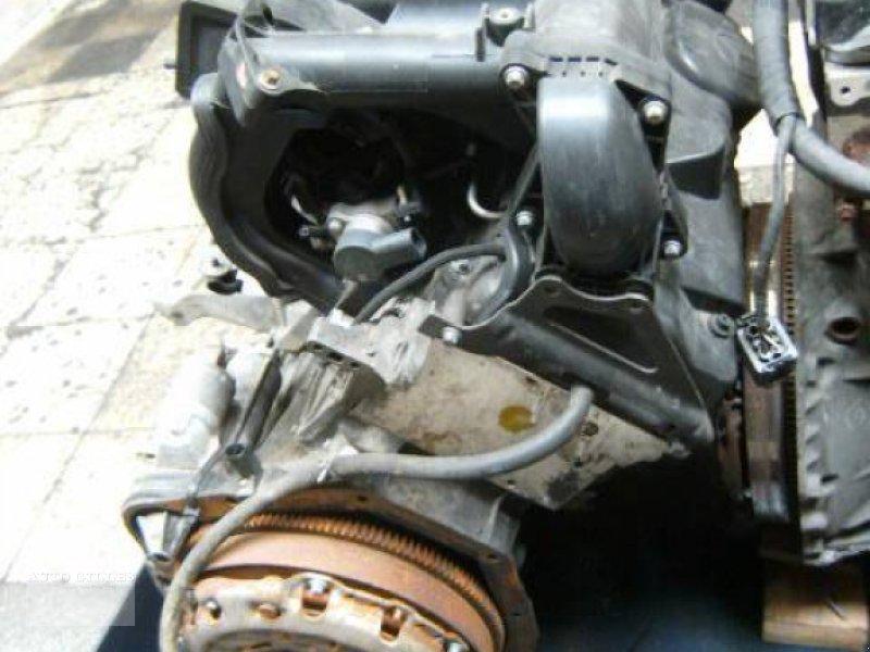 Mähdrescher des Typs Mercedes-Benz OM611DELA / OM 611 DELA, Gebrauchtmaschine in Kalkar (Bild 5)