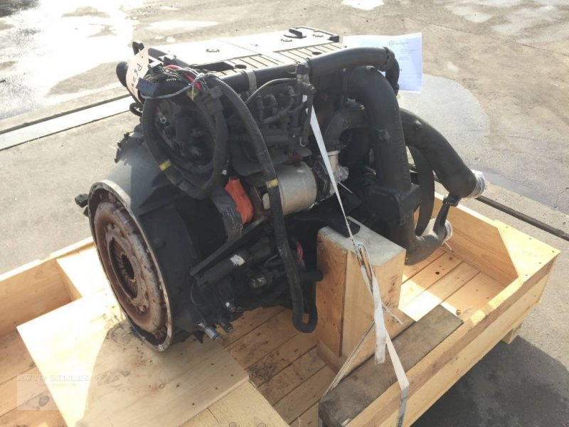 Mähdrescher des Typs Mercedes-Benz OM924LA / OM 924 LA Euro 5 EEV, Gebrauchtmaschine in Kalkar (Bild 4)
