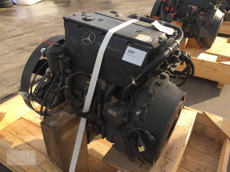 Mähdrescher des Typs Mercedes-Benz OM924LA / OM 924 LA Euro 5 EEV, Gebrauchtmaschine in Kalkar (Bild 5)