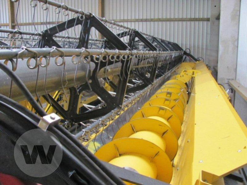 Mähdrescher des Typs New Holland CR 10.90 Raupe 4 WD, Neumaschine in Jördenstorf (Bild 4)