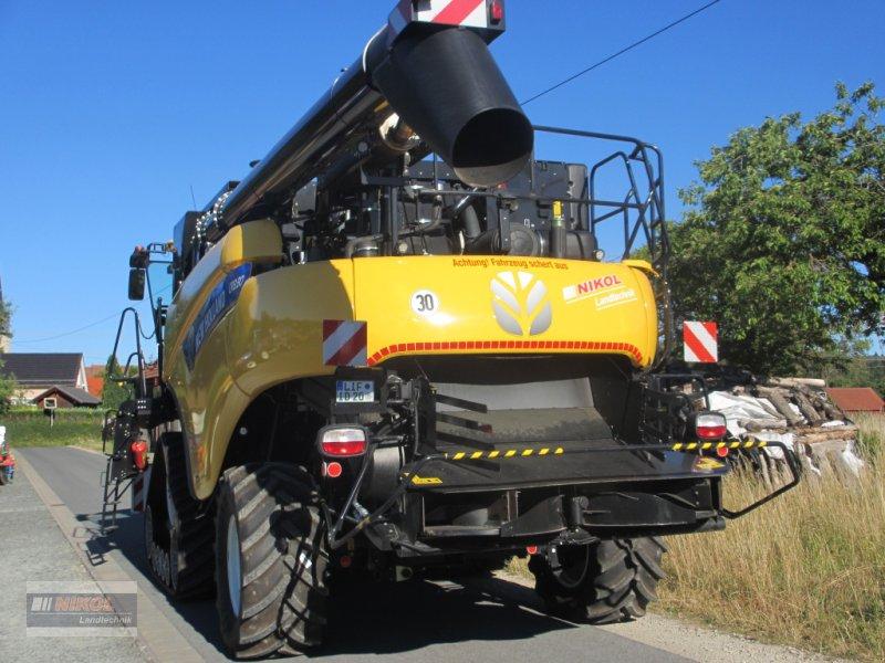 Mähdrescher des Typs New Holland CR 8.80 Allrad & Raupe gefedert - kein Maiseinsatz, Gebrauchtmaschine in Lichtenfels (Bild 5)