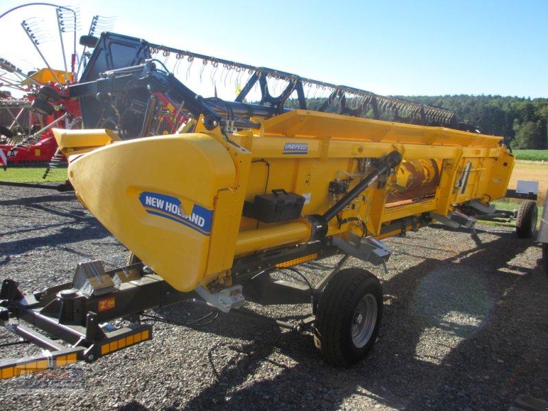 Mähdrescher des Typs New Holland CR 8.80 Allrad & Raupe gefedert - kein Maiseinsatz, Gebrauchtmaschine in Lichtenfels (Bild 15)