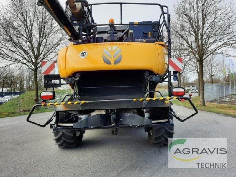 Mähdrescher des Typs New Holland CR 8.80 RAUPE 4WD/ ALLRAD, Gebrauchtmaschine in Meppen (Bild 5)