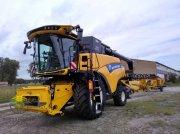 New Holland CR 8.80 SCR Mähdrescher