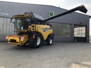 New Holland CR 8.80 Mähdrescher