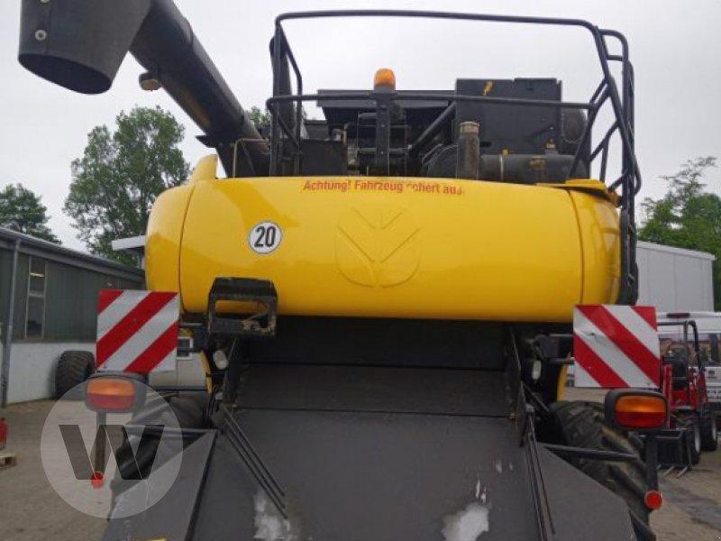 Mähdrescher des Typs New Holland CR 9070 ELEV, Gebrauchtmaschine in Husum (Bild 3)
