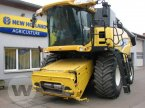 Mähdrescher des Typs New Holland CR 9070 Elevation in Dedelow
