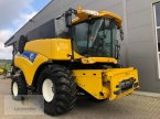 Mähdrescher des Typs New Holland CR 9070 в Neuhof - Dorfborn