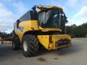 Mähdrescher типа New Holland CR 9080 ELEVATION, Gebrauchtmaschine в FRESNAY LE COMTE