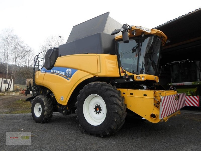Mähdrescher a típus New Holland CR 9090 Allrad, Gebrauchtmaschine ekkor: Mengkofen (Kép 1)
