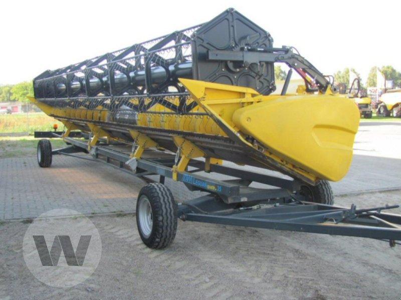 Mähdrescher des Typs New Holland CR 9090 Elevation SCR Raupe Al, Gebrauchtmaschine in Dedelow (Bild 3)