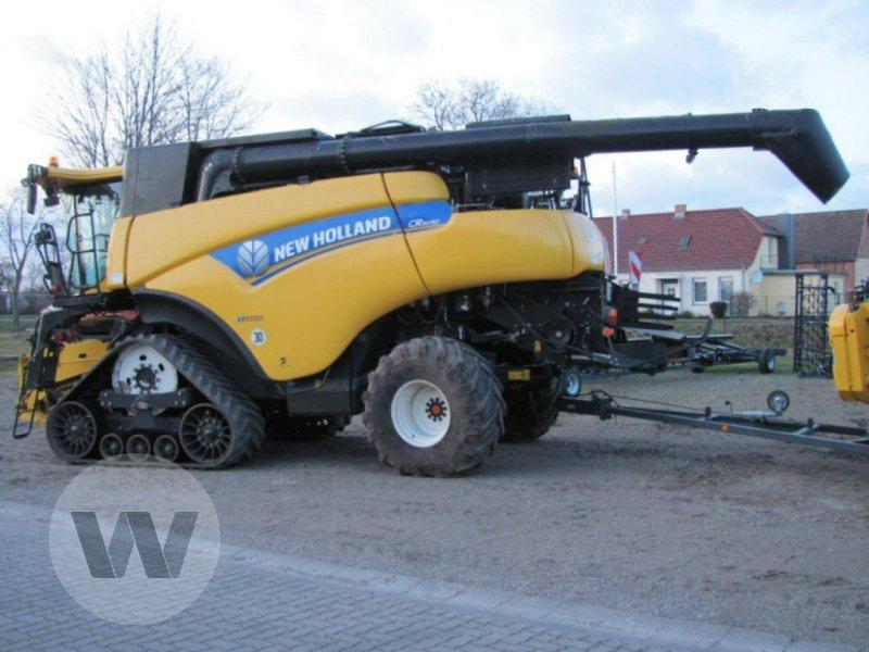 Mähdrescher des Typs New Holland CR 9090 Elevation SCR Raupe, Gebrauchtmaschine in Kleeth (Bild 6)