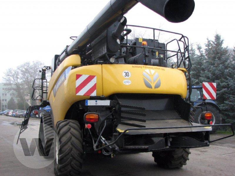 Mähdrescher des Typs New Holland CR 9090 Elevation SCR Raupe, Gebrauchtmaschine in Dedelow (Bild 4)