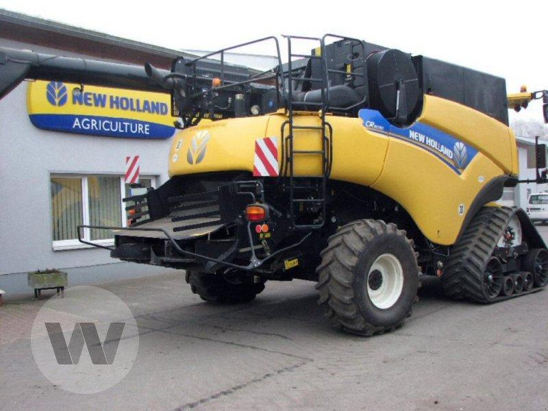 Mähdrescher des Typs New Holland CR 9090 Elevation SCR Raupe, Gebrauchtmaschine in Dedelow (Bild 3)