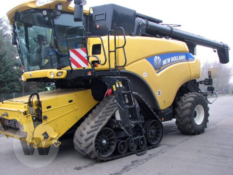 Mähdrescher des Typs New Holland CR 9090 Elevation SCR Raupe, Gebrauchtmaschine in Dedelow (Bild 1)