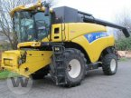 Mähdrescher des Typs New Holland CR 9090 Elevation in Dedelow
