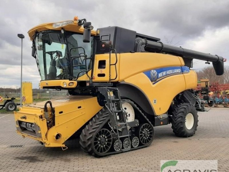 Mähdrescher of the type New Holland CR 9090 SCR NH-RAUPE, Gebrauchtmaschine in Calbe / Saale (Picture 1)