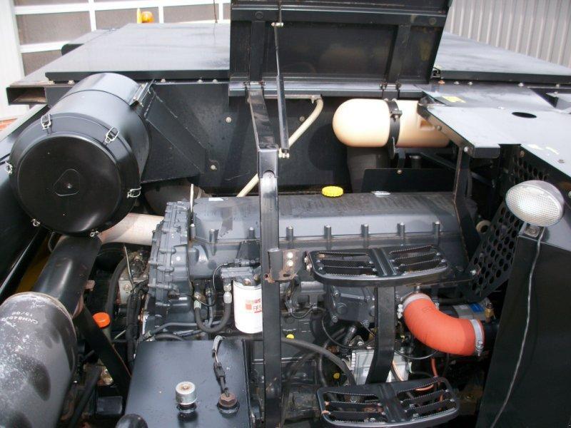 Mähdrescher типа New Holland CR 980 mit Schneidwerkswagen, Gebrauchtmaschine в Wagenfeld (Фотография 11)