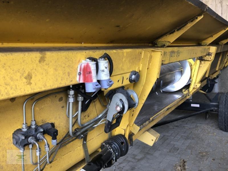 Mähdrescher des Typs New Holland CR9070 ELEVATION, Gebrauchtmaschine in Rubenow OT Groß Ernsthof (Bild 20)
