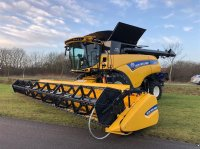 New Holland CR9.90 4WD Mähdrescher