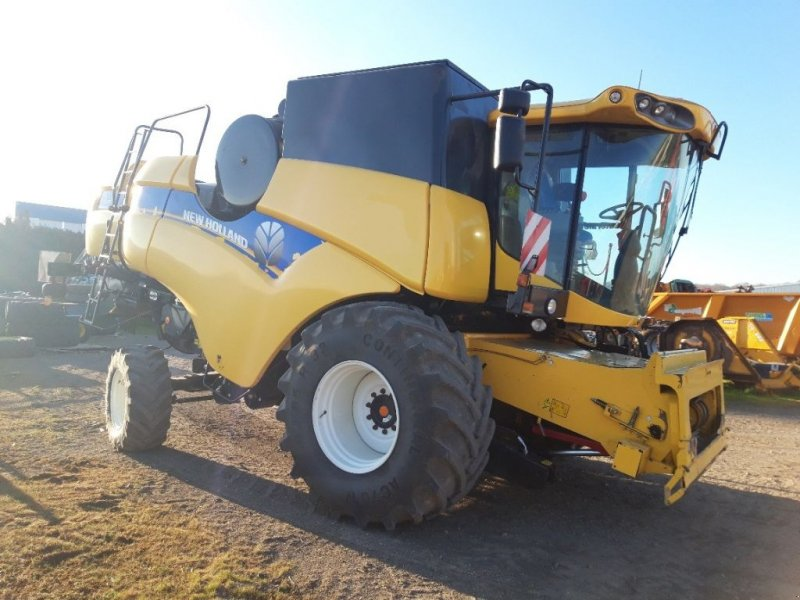 Mähdrescher of the type New Holland CX 6090 LATERALE, Gebrauchtmaschine in BRAS SUR MEUSE (Picture 1)
