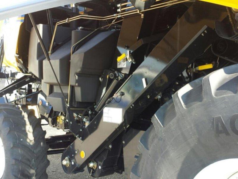 Mähdrescher a típus New Holland CX 6.80 T4B, Neumaschine ekkor: Ampfing (Kép 3)
