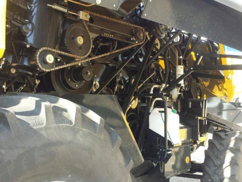 Mähdrescher a típus New Holland CX 6.80 T4B, Neumaschine ekkor: Ampfing (Kép 4)