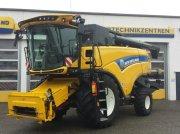 New Holland CX 7.80 T4B Mähdrescher