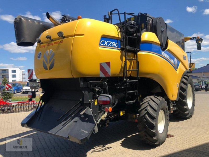Mähdrescher des Typs New Holland CX 7.90 Demo 2019, Gebrauchtmaschine in Neuhof - Dorfborn (Bild 3)
