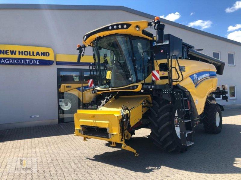 Mähdrescher des Typs New Holland CX 7.90 Demo 2019, Gebrauchtmaschine in Neuhof - Dorfborn (Bild 1)