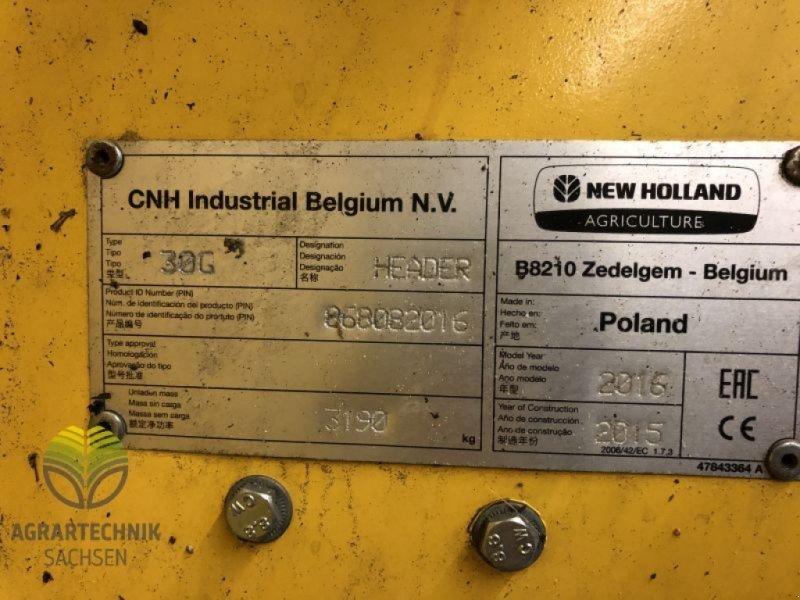 Mähdrescher des Typs New Holland CX 8090 Elevation, Gebrauchtmaschine in Ebersbach (Bild 6)
