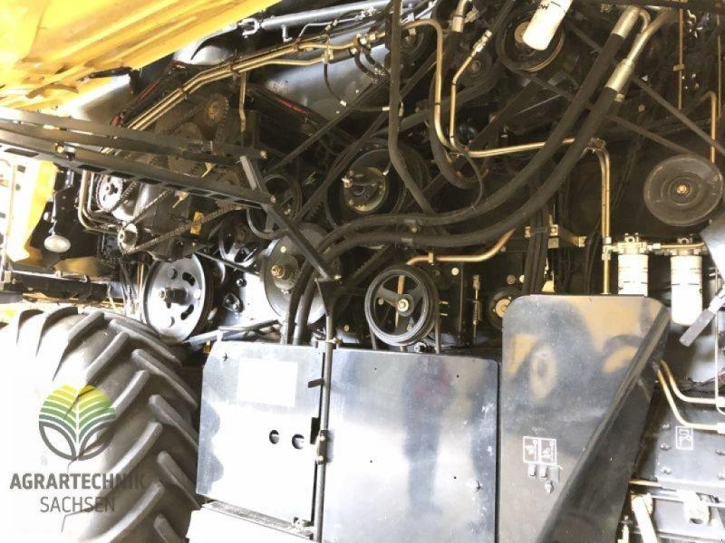 Mähdrescher des Typs New Holland CX 8090 Elevation, Gebrauchtmaschine in Ebersbach (Bild 27)