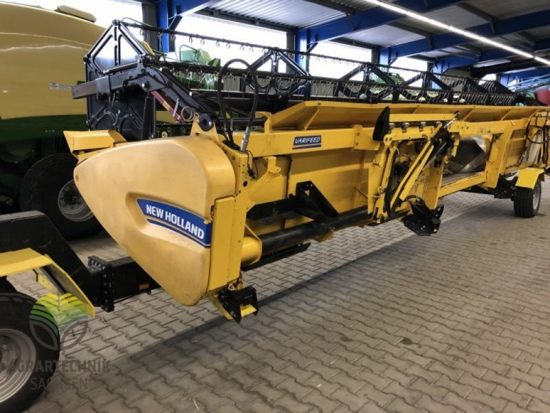 Mähdrescher типа New Holland CX 8090 Elevation, Gebrauchtmaschine в Ebersbach (Фотография 10)