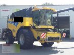Mähdrescher des Typs New Holland CX 860 in Vohburg