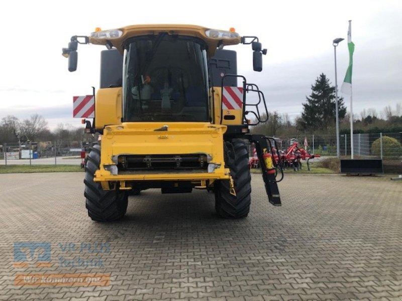 Mähdrescher des Typs New Holland CX8070, Gebrauchtmaschine in LÜCHOW (Bild 1)
