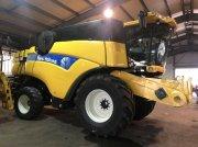 New Holland CX8080 Mähdrescher