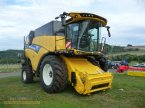 Mähdrescher des Typs New Holland CX8.80 T4B EUR in Rhaunen