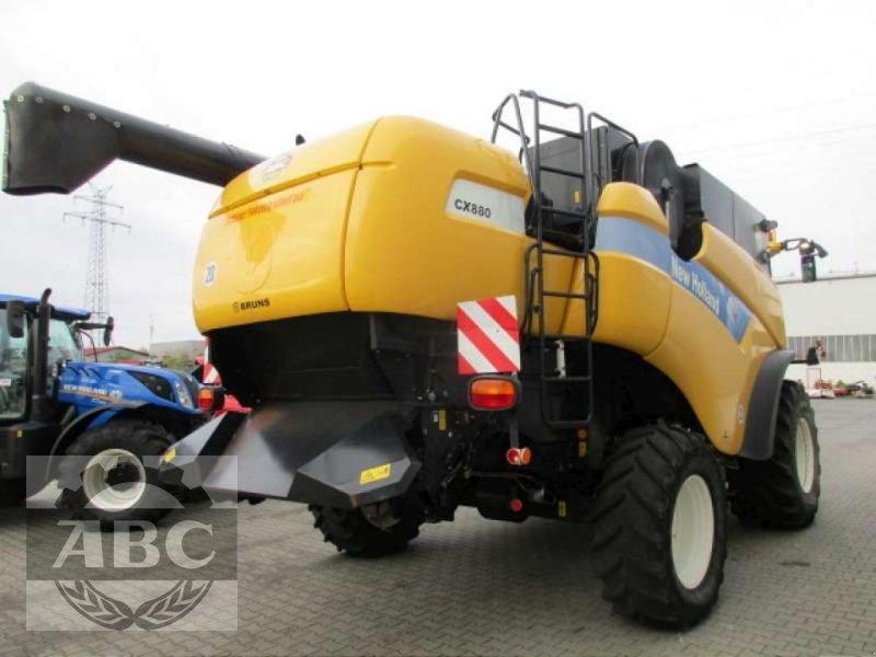 Mähdrescher des Typs New Holland CX880W, Gebrauchtmaschine in Cloppenburg (Bild 4)