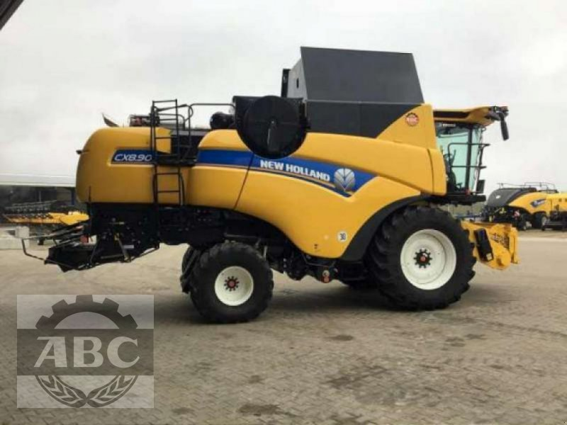 Mähdrescher типа New Holland CX8.90 MY19, Neumaschine в Klein Bünzow (Фотография 1)