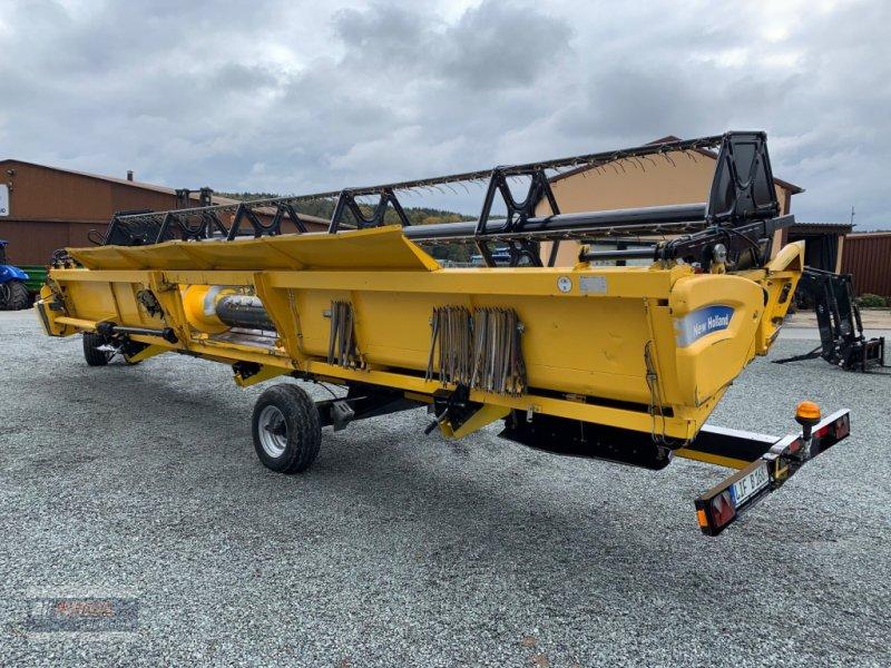 Mähdrescher des Typs New Holland Schneidwerk Varifeed 9,15m, Gebrauchtmaschine in Lichtenfels (Bild 3)