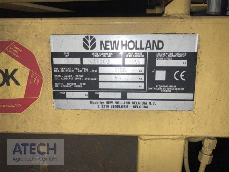 Mähdrescher des Typs New Holland TC 56, Gebrauchtmaschine in Velburg (Bild 8)