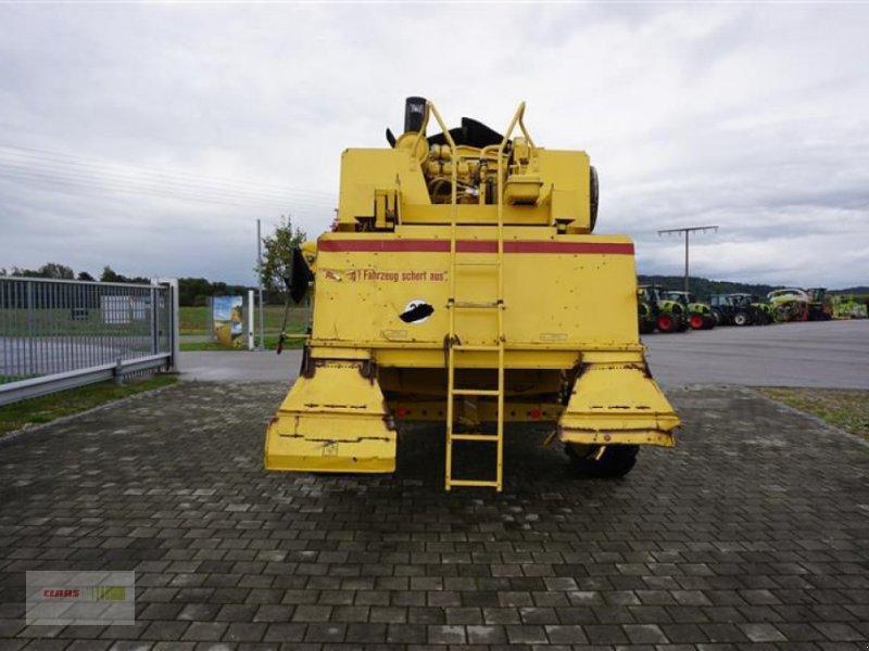 Mähdrescher des Typs New Holland TF 44, Gebrauchtmaschine in Töging a. Inn (Bild 4)
