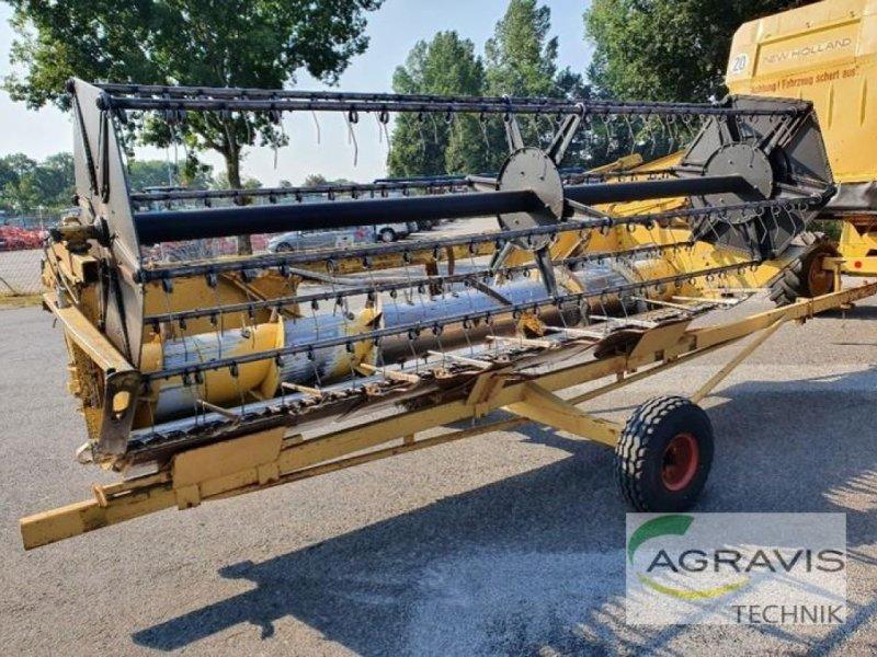 Mähdrescher des Typs New Holland TX 32 HYDRO, Gebrauchtmaschine in Meppen-Versen (Bild 4)