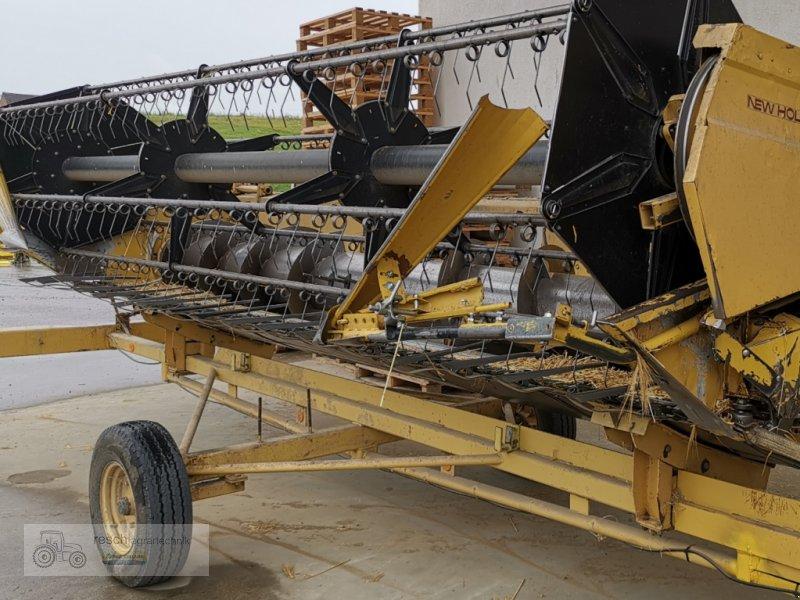 Mähdrescher des Typs New Holland TX 34, Gebrauchtmaschine in Wellheim (Bild 3)