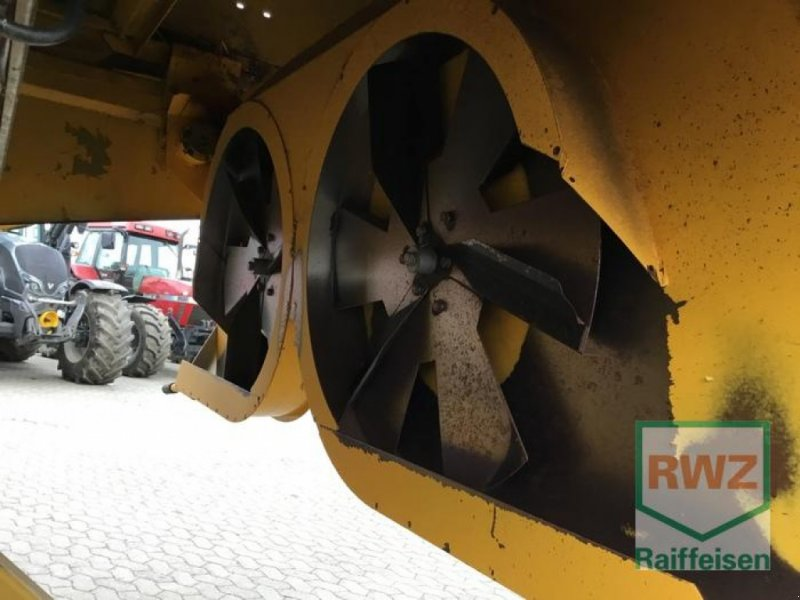 Mähdrescher des Typs New Holland TX 67, Gebrauchtmaschine in Kruft (Bild 8)