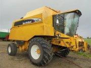 Mähdrescher tipa New Holland TX66 brandskadet kun ved motor årg. 2004 1500 høsttimer uden snitter, Gebrauchtmaschine u Vojens