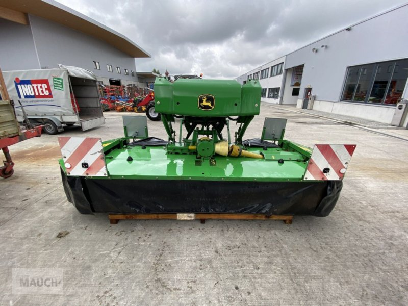 Mähwerk des Typs John Deere 131 Front + Aufbereiter, Gebrauchtmaschine in Burgkirchen (Bild 1)