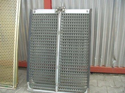 Maisausrüstung des Typs John Deere Verschiedene Maissiebe, Gebrauchtmaschine in Eggenfelden (Bild 5)