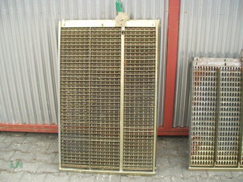 Maisausrüstung des Typs John Deere Verschiedene Maissiebe, Gebrauchtmaschine in Eggenfelden (Bild 6)