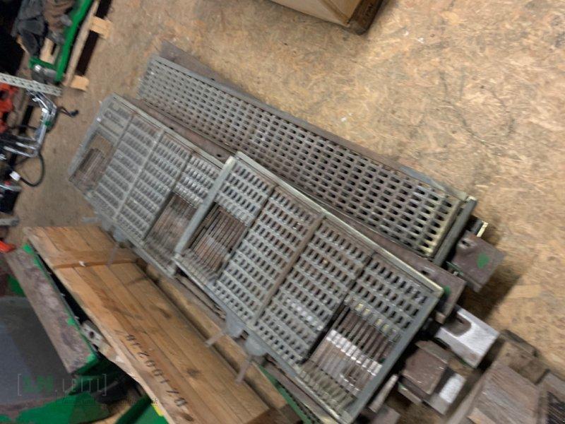 Maisausrüstung des Typs John Deere Verschiedene Maissiebe, Gebrauchtmaschine in Eggenfelden (Bild 10)